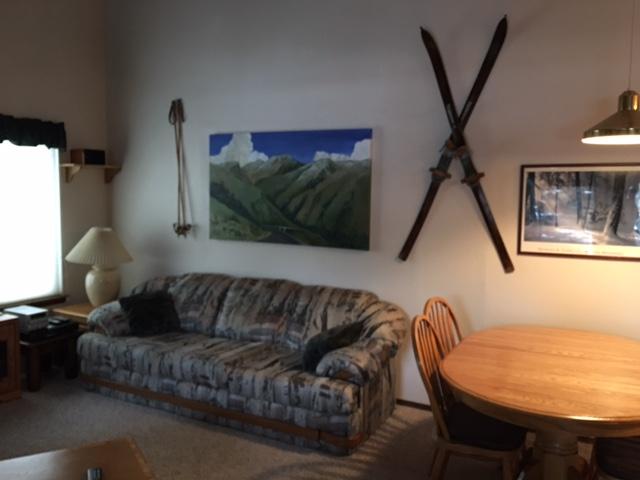 Z2 living room 2